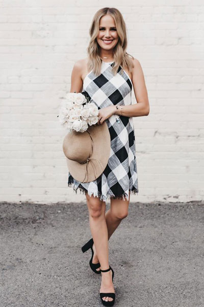 21+ Lovely Summer Dresses Inspired by Fashion Influencers