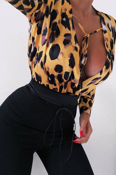 Leopard Print Bodysuit+ Trim Detail Fitted Trouser   15+ Cute Summer Outfit Ideas to Look Like A Chic