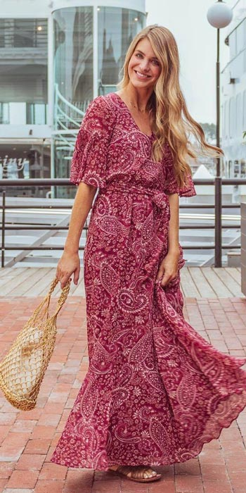 Dress + Double Ring Handle Woven Bag   15+ Trendy Street Style Outfits to Copy ASAP