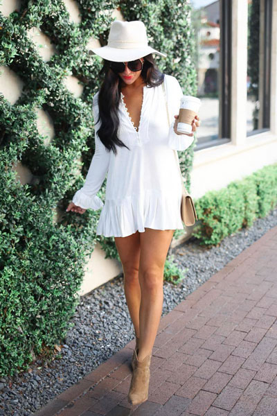 White Chic Tunic + Vince Camuto Booties Shoes | 51+ Popular Summer Outfits You Should Already Own