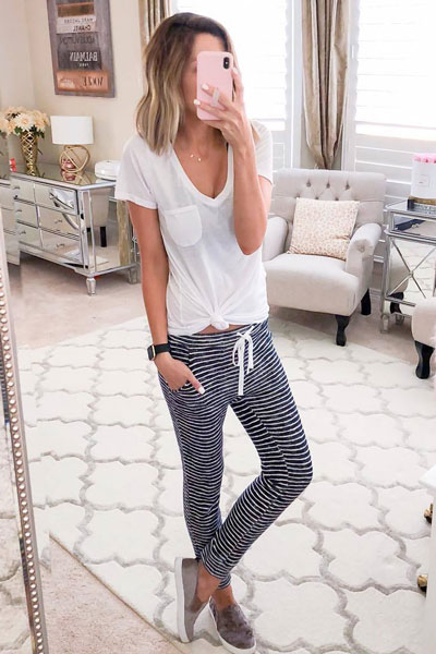 V Neck T-Shirt+ Sweatpants | 15+ Cute Summer Outfit Ideas to Look Like A Chic
