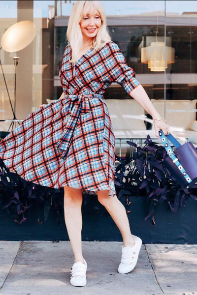 Faux Wrap Dress | 15+ Cute Summer Outfit Ideas to Look Like A Chic