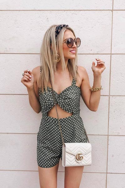 Tularosa Brianna Romper | 25 Perfect Summer Outfits That Always Looks Fantastic