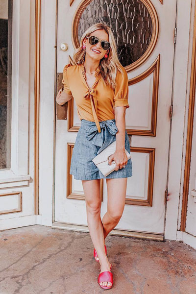 Front Neck Tie Blouse+ Waist Tie Short+ Mallory Sandals | 51+ Popular Summer Outfits You Should Already Own