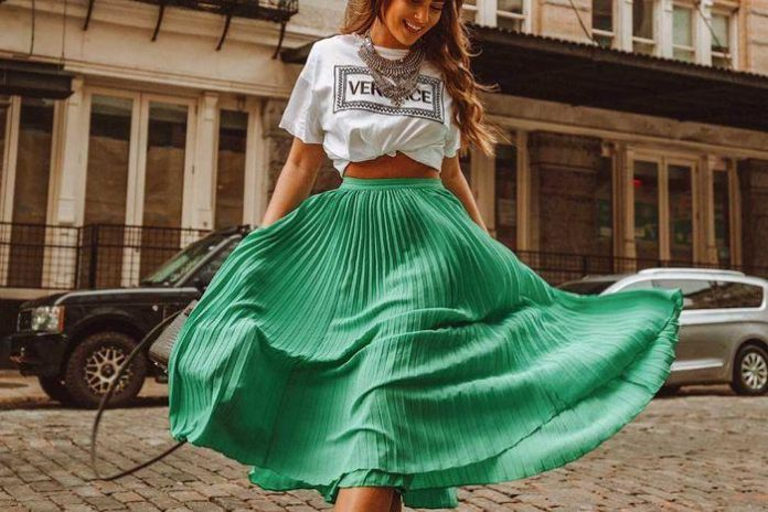 27 Trending Summer Outfits by Stylish Instagram Influencers