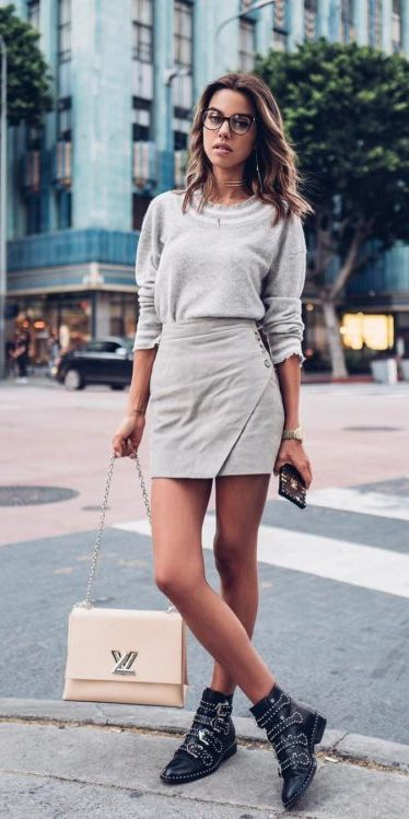 Transform your summer looks with these fashion-forward summer outfits for every summer occasion. Summer Outfit Ideas via higiggle.com | skirt outfits | #summeroutfits #fashion #style #skirt